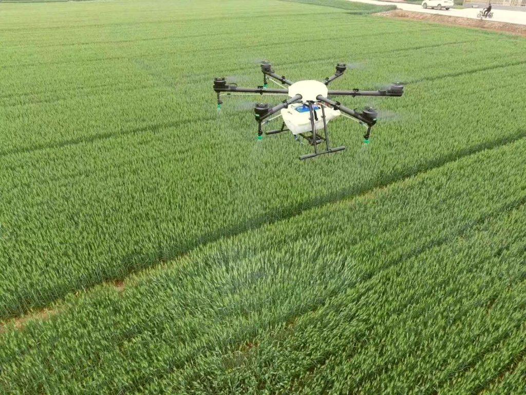 مزایای استفاده از پهپاد سمپاشی در کشاورزی